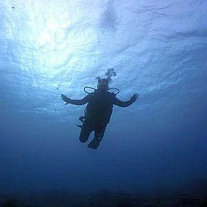 fundives-inmersiones-nocturno Poseidon Dive Center PADI