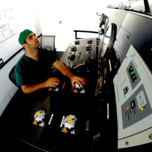 Hyperbaric chamber operator