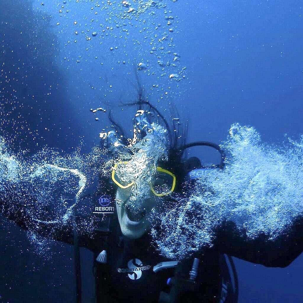 Diving tayrona park Colombia with Poseidon Dive Center PADI all you can dive Poseidon Dive Center PADI