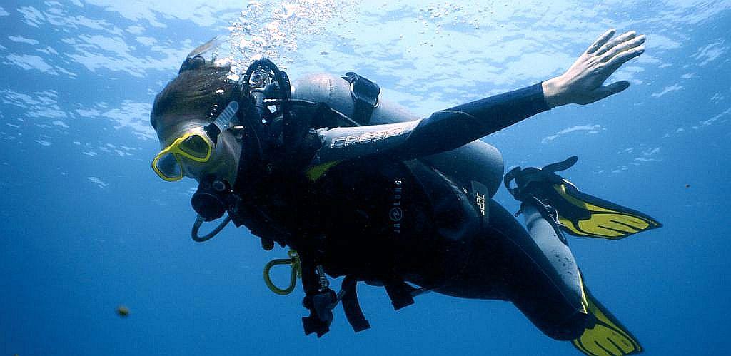 Cursos-padi-deportivo-recreativo-padi-courses-open-water-padi-tauchkurse-taganga-kolumbien-Open-Diver-poseidon-dive-center-padi