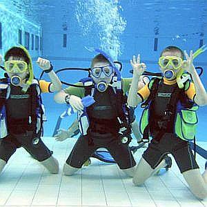 Cursos-padi-deportivo-recreativo-padi-courses-open-water-padi-tauchkurse-taganga-kolumbien-padi-junior-Open-Diver-poseidon-dive-center-padi