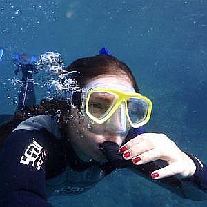 skin-diver-poseidon-dive-center