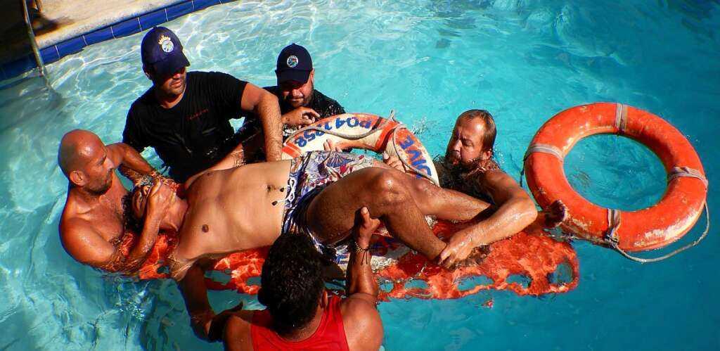 Header-Medico-Primeros-Auxillios-Buceo-Medical-First-Aid-Diving- Medizin-Erste-Hilfe-Tauchen-poseidon-dive-center-padi