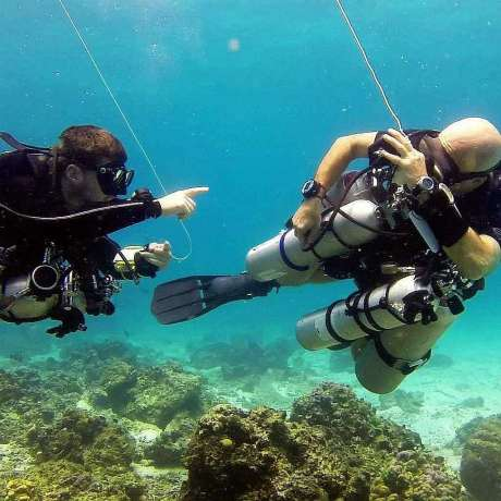 Diving tayrona park Colombia Poseidon dive center padi padi tec sidemount instructor course